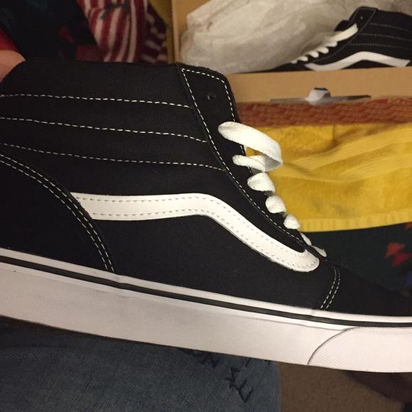 Vans Shoes  83fa0e0a4